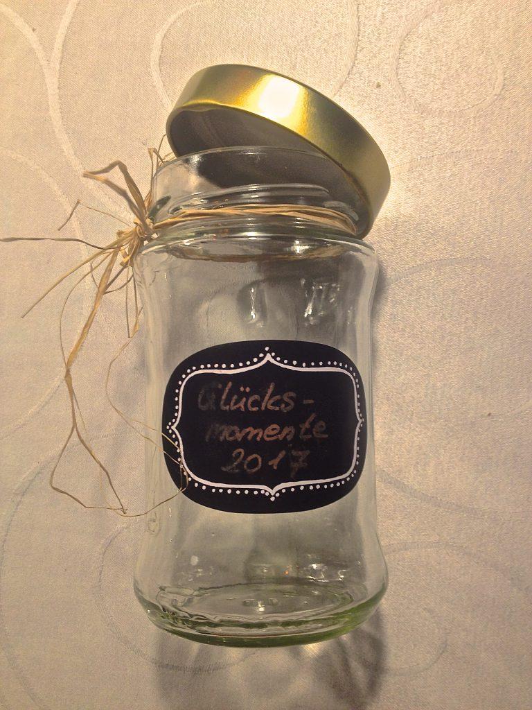 Glücksmomente-Glas (Copyright: wilderwegesrand.de)