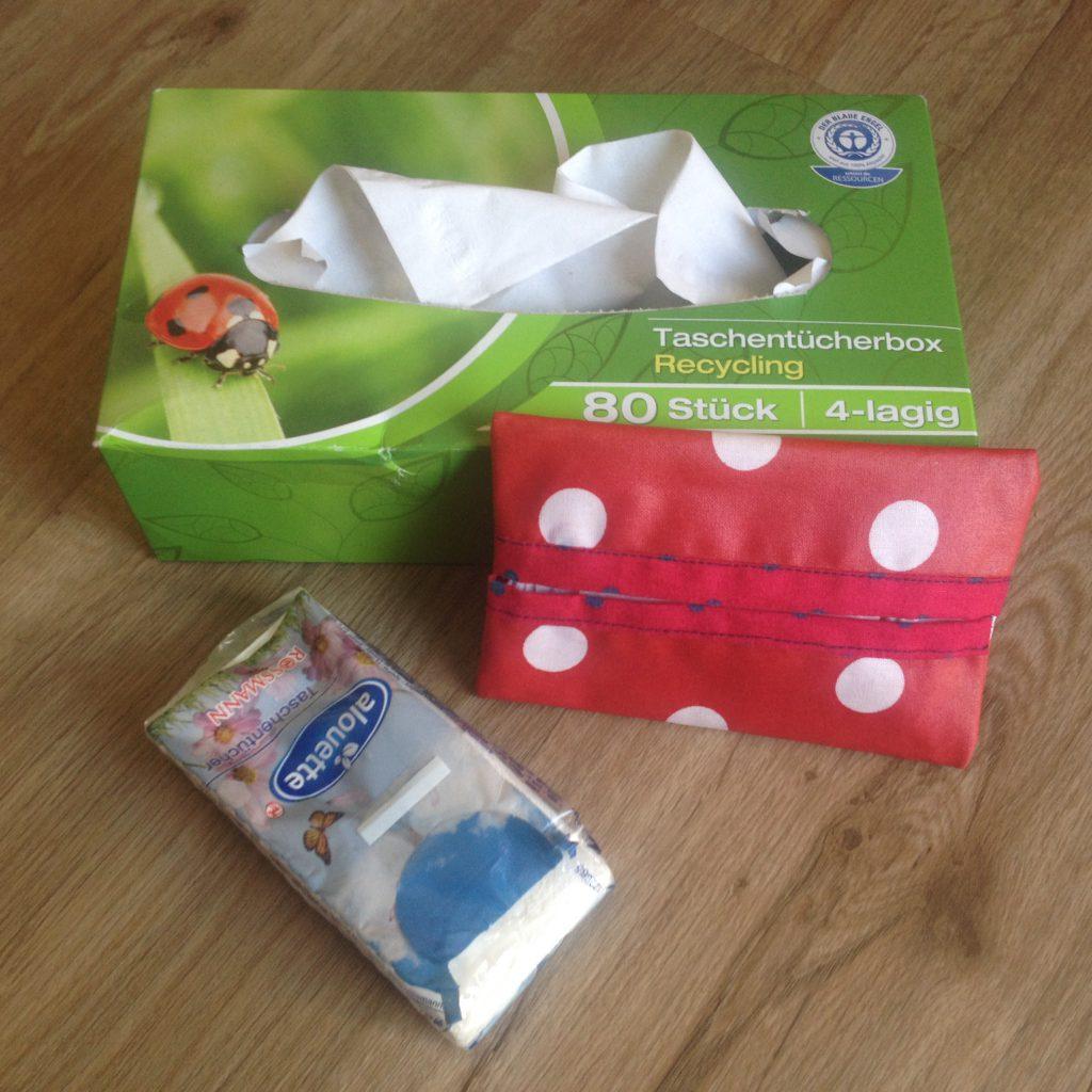 Taschentücher in verschiedenen Verpackungen (Copyright: wilderwegesrand.de)