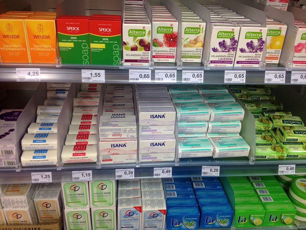 Seifen im Drogeriemarkt (Copyright: wilderwegesrand.de)